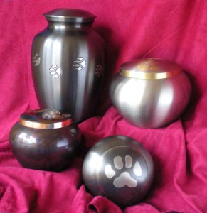 metal urns with pawprints for pets